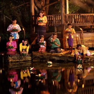 Loi Krathong Festival for families
