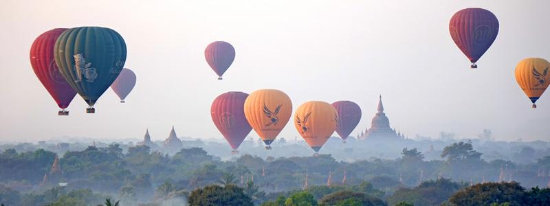 Hot air ballooning in Bagan
